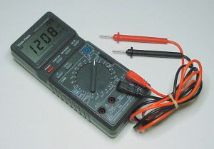 Digital_Multimeter .jpg (11925 bytes)